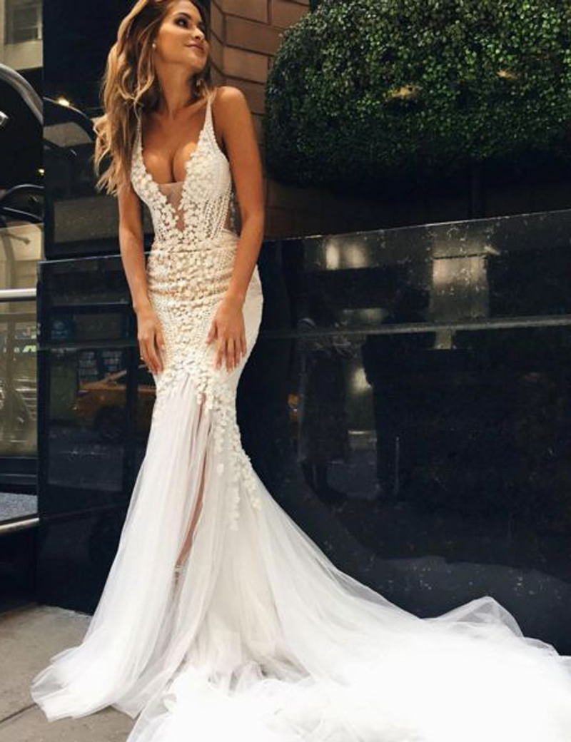 White Lace Mermaid Gown