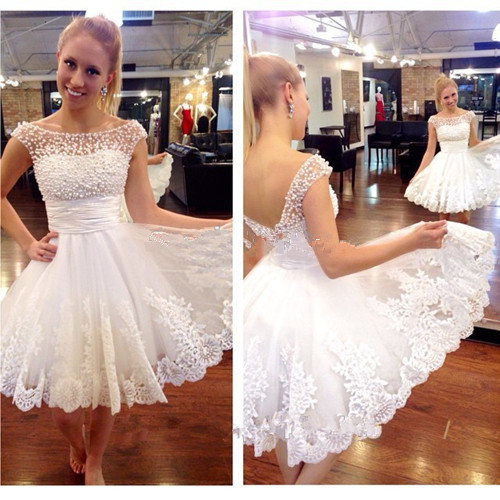 2017 White Wedding Dresses Lace Bateau Short Sleeve Short Bridal Gowns Pearls Open Back Applique Knee Length Wedding Gowns Custom